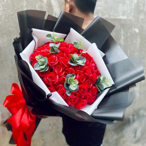 Bó hoa hồng sáp tại shop hoa tươi Bến Tre