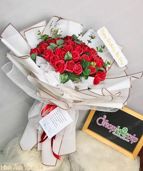 Bó hoa sáp tại shop hoa tươi Phú Giáo