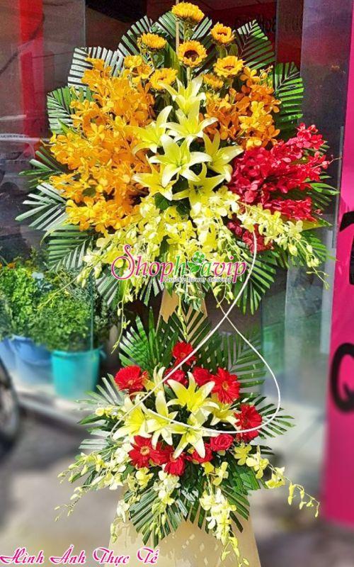 Kệ hoa chúc mừng khai trương tại tiệm hoa tươi Thủ Dầu Một