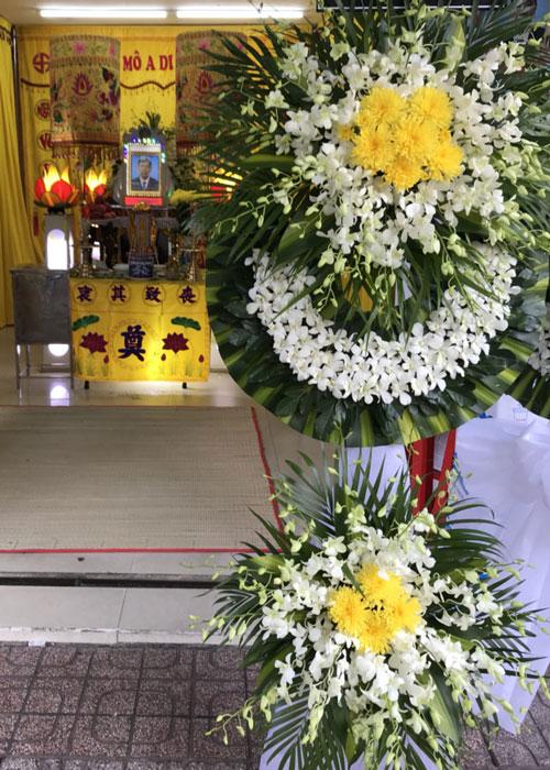 Vòng hoa tang lễ tại Shop Hoa Tươi Cà Mau