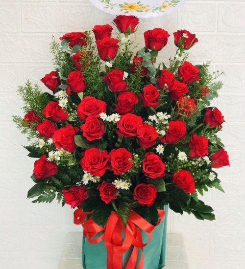 Giỏ hoa chúc mừng tại shop hoa tươi Cao Bằng