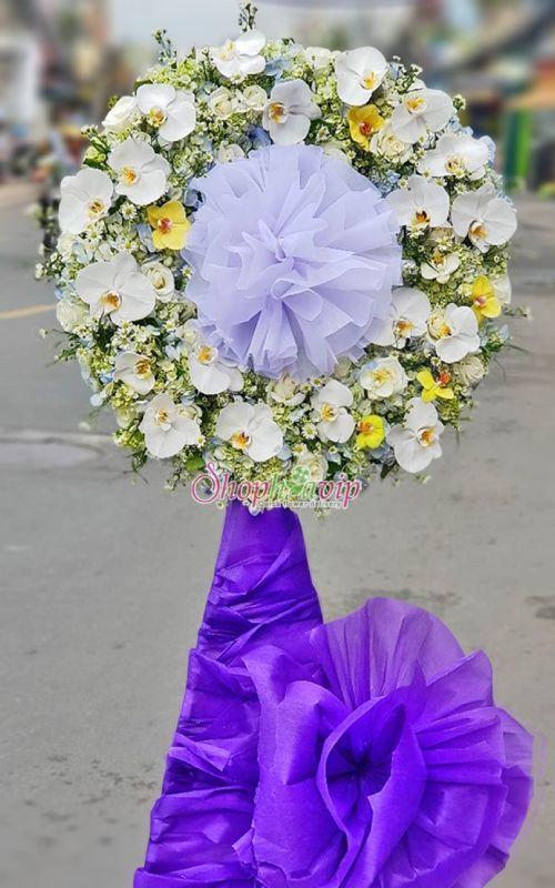Kệ hoa tang lễ tại shop hoa tươi Đồng Nai