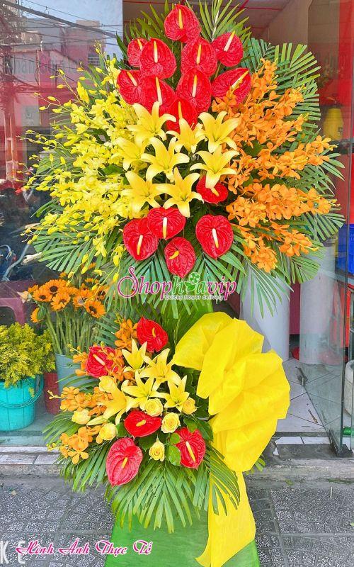 Kệ hoa khai trương tại shop hoa tươi Đồng Tháp