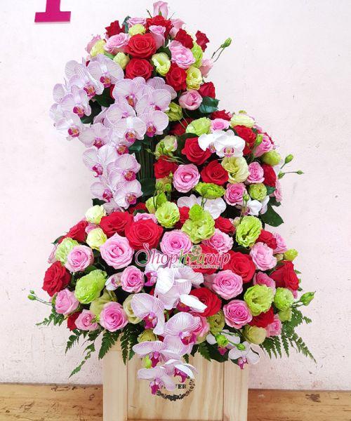 Giỏ hoa chúc mừng tại shop hoa tươi Hà Nam