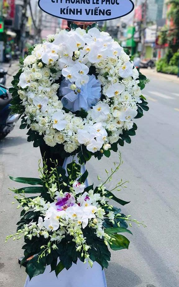 Vòng hoa tang lễ Mỹ Đức