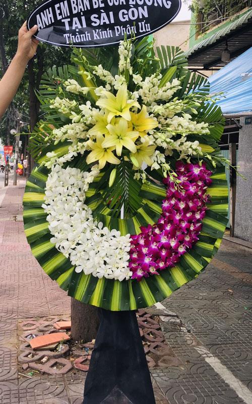 Vòng hoa tang lễ Quốc Oai
