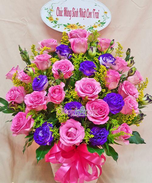 Giỏ hoa chúc mừng tại shop hoa tươi Hà Tĩnh