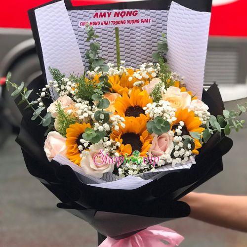 Bó hoa hướng dương tại shop hoa tươi Hậu Giang