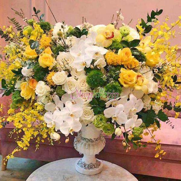Giỏ hoa tươi đẹp tại shop hoa tươi Hậu Giang