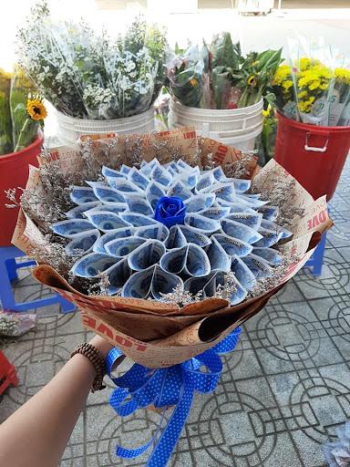 Bó hoa tiền tại shop hoa tươi Hưng Yên