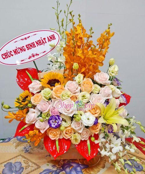 Giỏ hoa chúc mừng sinh nhật tại shop hoa tươi Kon Tum