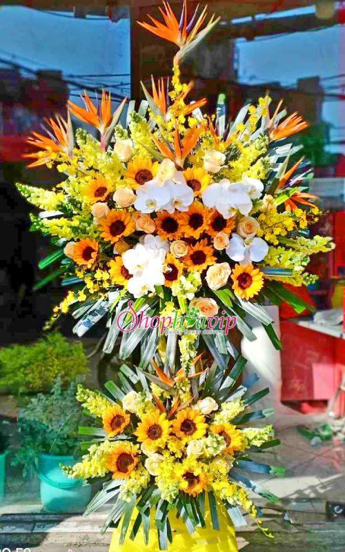 Kệ hoa chúc mừng khai trương tại shop hoa tươi Long An