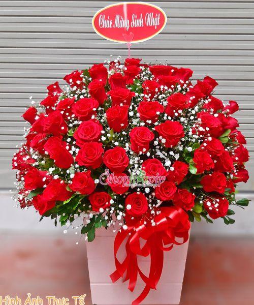 Kệ hoa chúc mừng sinh nhật tại shop hoa tươi Nam Định