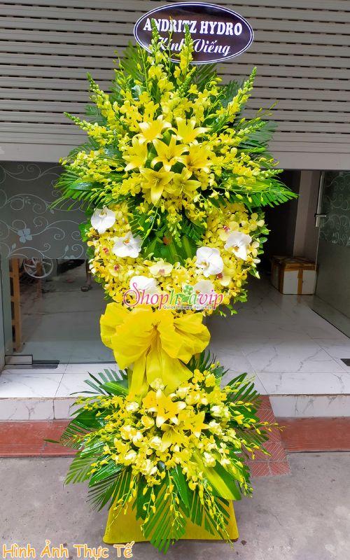 Vòng hoa tang lễ tại shop hoa tươi Sóc Trăng