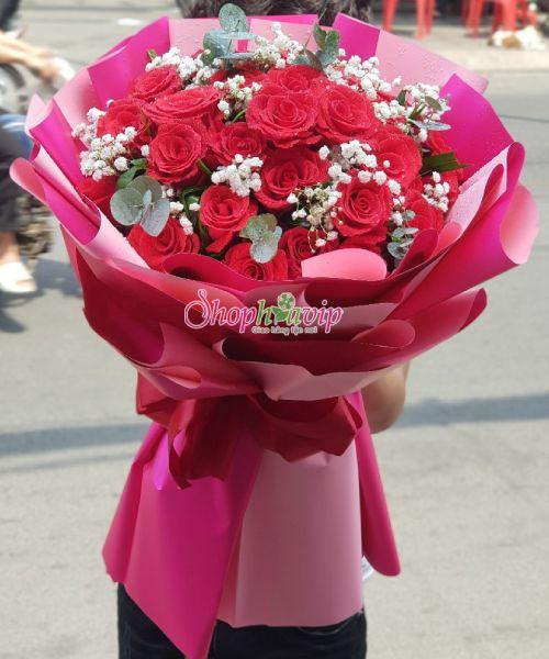 Bó hoa tình yêu tại shop hoa tươi Xuân Lộc
